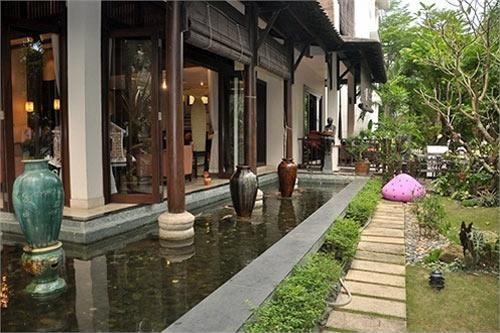 Choang ngop voi đo xa hoa trong can biet thu 400 ty cua Ha Kieu Anh-6