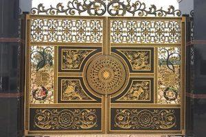 Tại sao Cửa cổng nhôm đúc dần thay thế Cửa cổng bằng sắt?